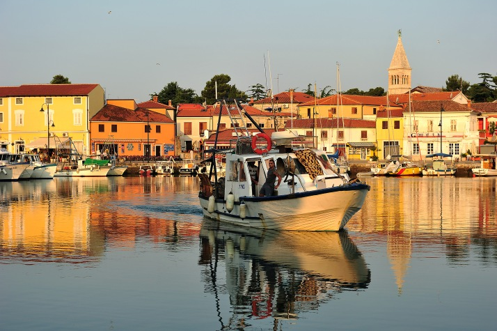 Destination - Destinacije_Novigrad_Novigrad-barka-ribari