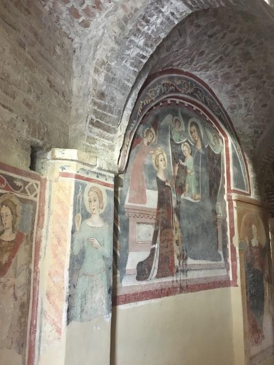 offida - Santa Maria della Rocca affreschi