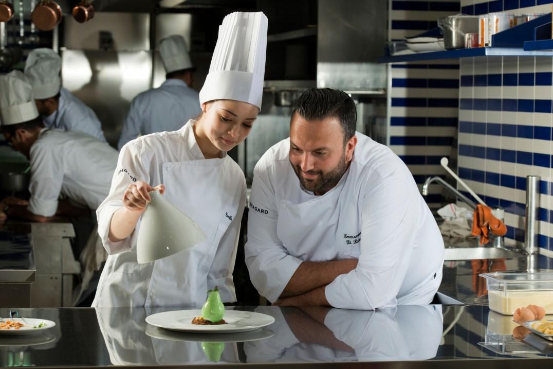 lo chef e la giovane pasticcera